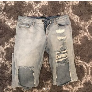 Forever 21 Women's distressed jeans size 29